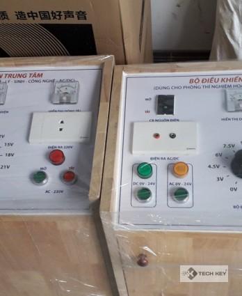 Tủ  điện trung tâm (chuyên dụng cho phòng Lý -  Hoá - Sinh - Công nghệ)